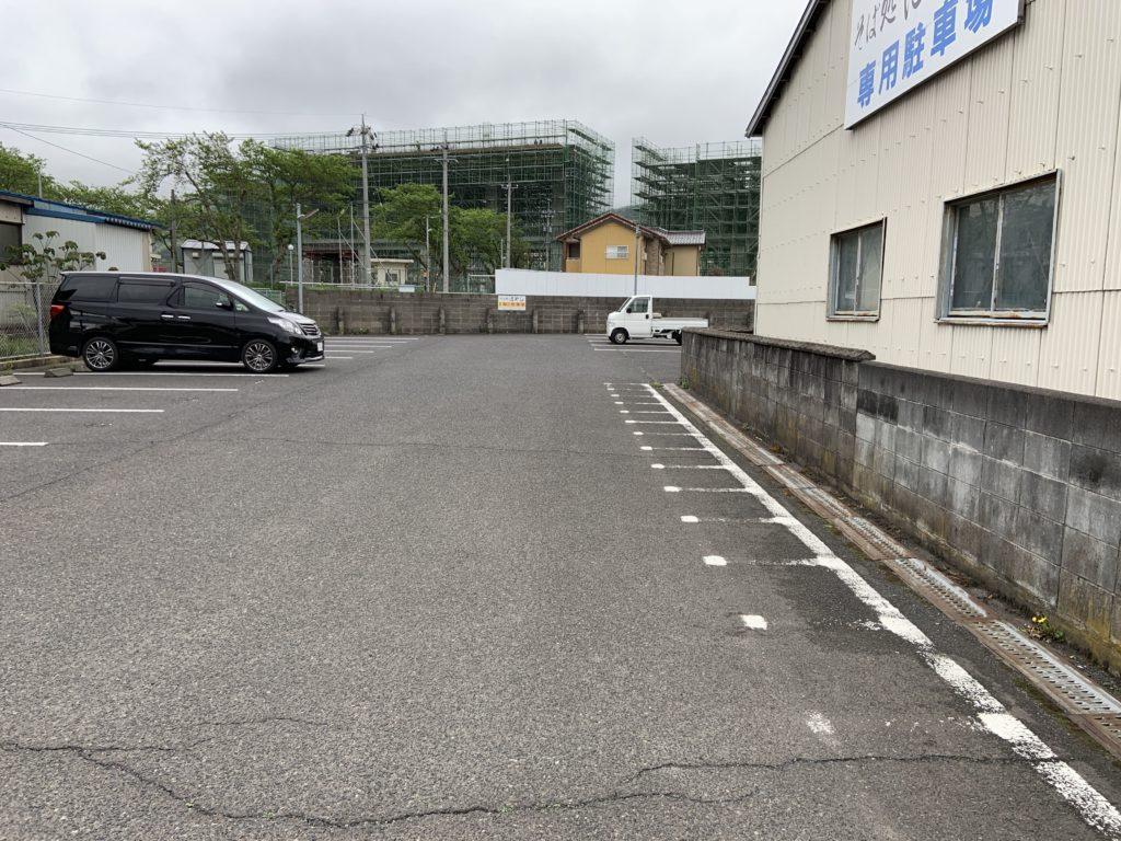 そば処はやしの駐車場